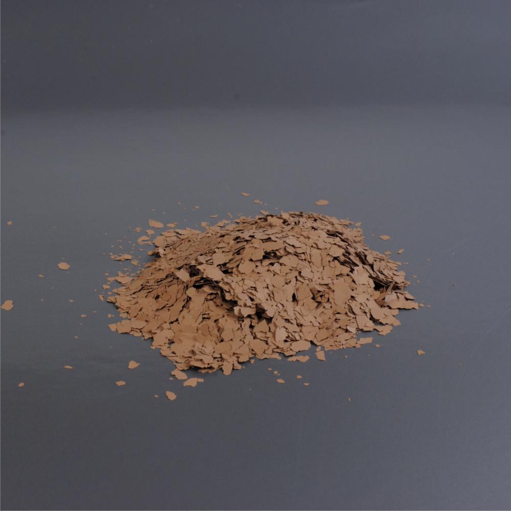 Barevné chipsy - hnědá 8/80 3mm (balení 1kg)