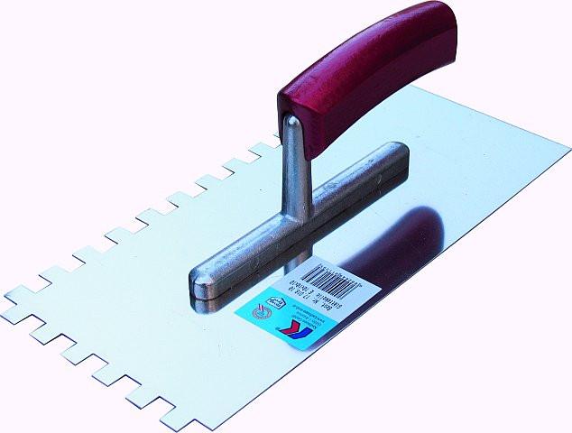 Hladítko nerez zubaté E6x6x6 280 x 130 x 0,75 Alu-dř. ručka Kaufmann