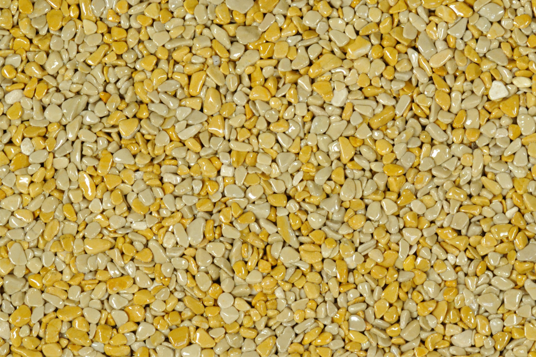 TOPSTONE Kamenný koberec Giallo Mori frakce 2-4mm tloušťka 0,7cm stěna