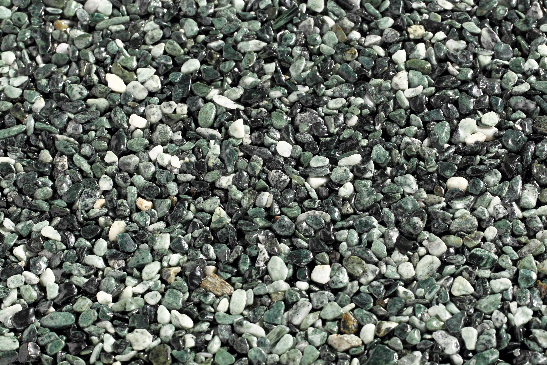 TOPSTONE Kamenný koberec Verde Alpi frakce 2-4mm tloušťka 0,7cm stěna